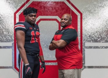 Ohio State football recruiting Darrion Henry defensive end Larry Johnson