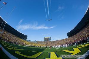 009 Flyover Ohio State Michigan 2013