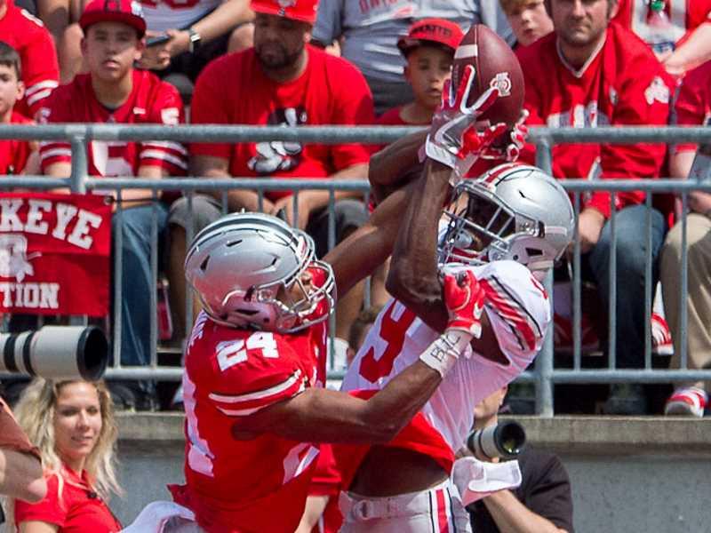 Ohio State Football Shaun Wade breaks up a pass against Binjimen Victor