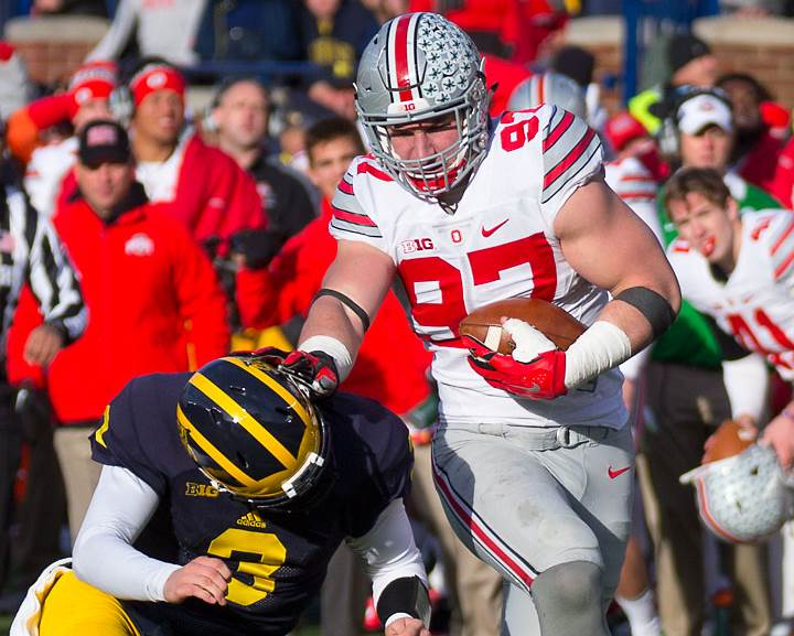 Joey Bosa puts Wilton Speight on the ground. Michigan.
