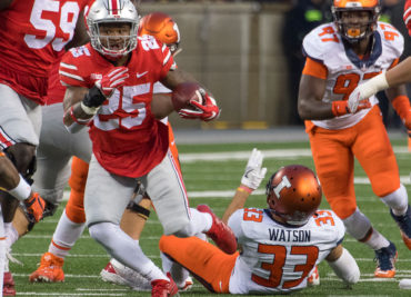 Mike Weber powers for yardage