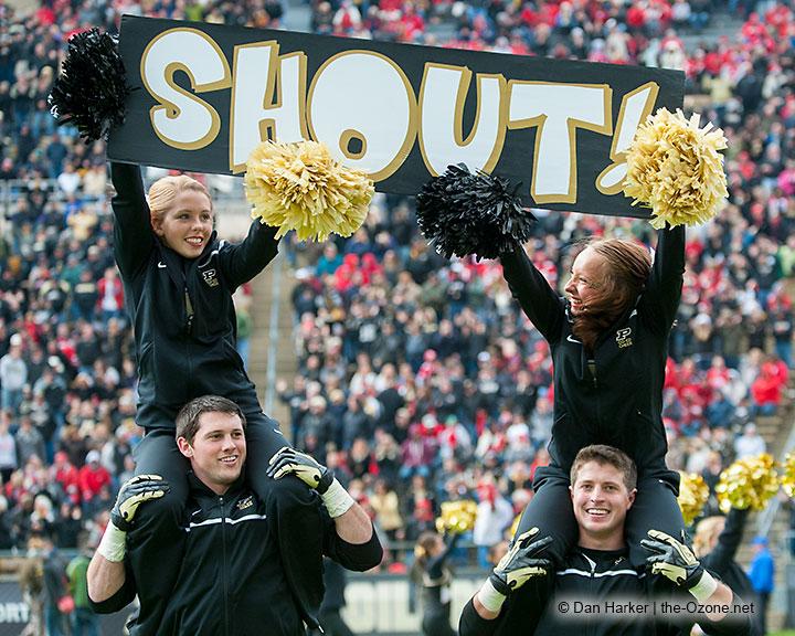Purdue football cheerleaders