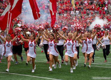 Ohio State football cheerleaders