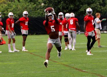 Ohio State football wide receiver Garrett Wilson