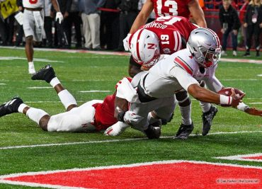 Ohio State football Justin Fields rushing touchdown