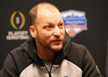 Ohio State assistant coach Mike Yurcich