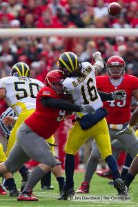079 Cameron Heyward Ohio State football Michigan 2010